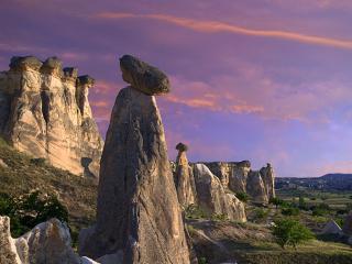 обои Горы с головами и с силуэтами фото