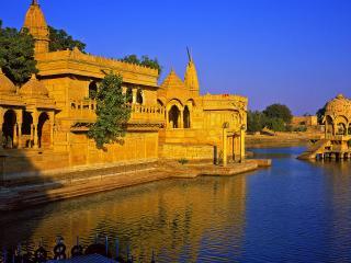 обои Храмы и строения на воде фото