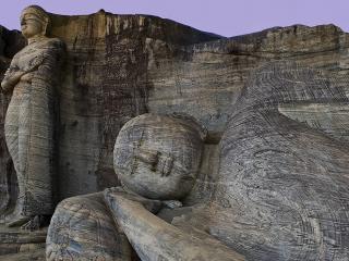 обои Статуи вырезбленные из скал фото