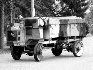 обои FWD Model B Ammunition Truck 1918 сбоку фото