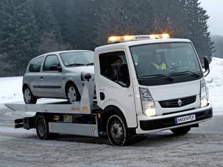 обои Renault Maxity Tow Truck 2008 бок фото