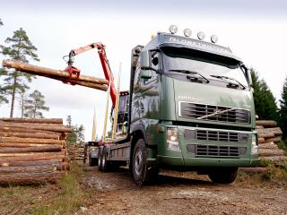 обои Volvo FH16 Timber Truck 2003 сила фото