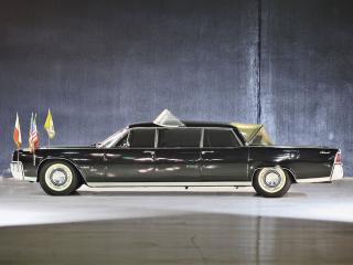 обои Lincoln Continental Limousine Popemobile by Lehmann-Peterson 1964 бок фото