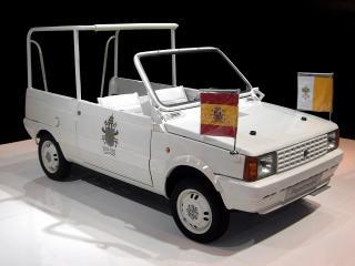 обои Seat Panda Popemobile 1982 бок фото