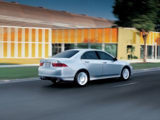 обои Acura TSX 2006 на дороге фото
