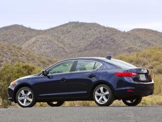 обои Acura ILX 2.0L 2012 сбоку фото