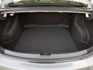 обои Acura ILX 2.4L 2012 багажник фото