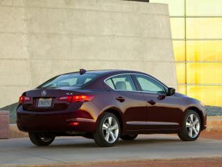 обои Acura ILX 2.4L 2012 задок фото