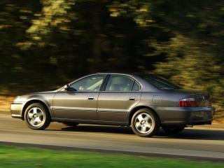 обои Acura TL 2002 мчиться фото