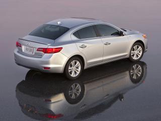 обои Acura ILX Hybrid 2012 на асфальте фото