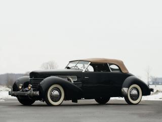 обои Cord 812 SC Phaeton 1937 сбоку фото