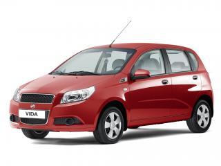 обои ЗАЗ Vida Hatchback 2012 красная фото