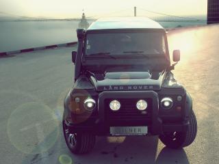 обои Land Rover на фоне моста фото