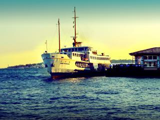 обои Туристический корабль фото
