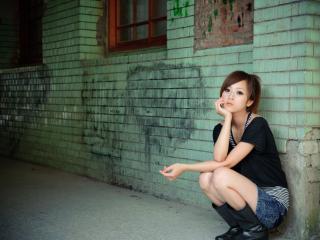 Присела девчонка фото — photo 5