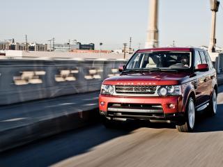 обои Range Rover пересекает мост фото