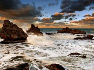 обои Море,   скалы,   пенистый прибой фото