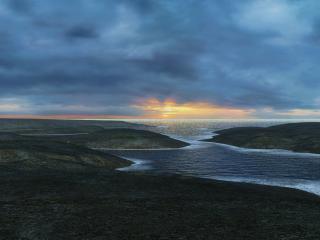 обои Тучи над приморской равниной фото