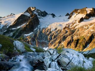 обои Снег на вершинах гор фото