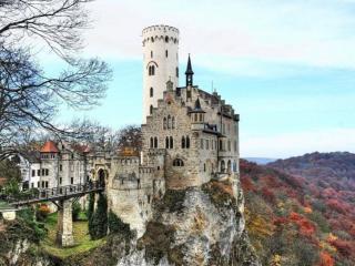обои Замок над обрывом фото