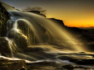 обои Водопад вечерний фото