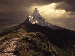 обои Остроконечная гора фото