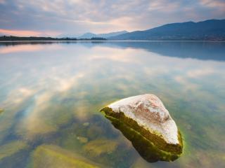 обои Камни из воды фото