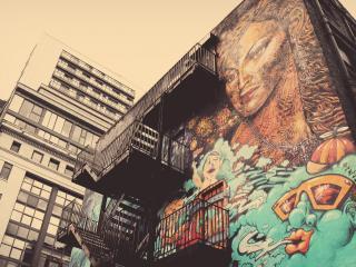 обои Красивое граффити на стенке здания фото