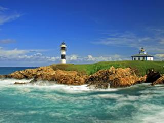 обои Мыс с маяком у моря фото