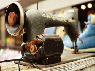 обои Старая швейная машина зингер фото