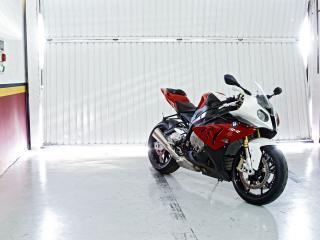 обои Шикарный мотоцикл BMW фото