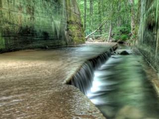 обои Рукотворные водопады фото