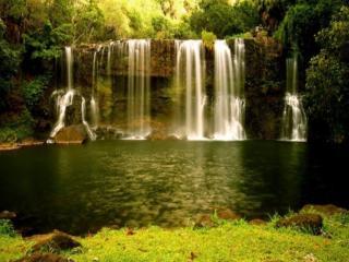 обои Широкий водопад фото
