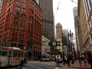 обои Светофоры на улицах весеннего города фото
