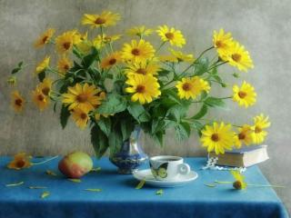 обои Натюрморт - Осенние цветы с чаем фото