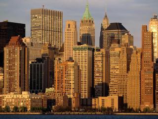 обои Высотные дома большого города у залива фото