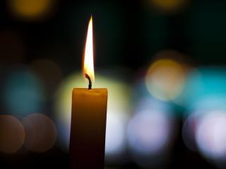 обои Свечи огонь бликует фото