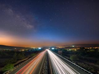 обои Автодорога под звездным небом фото