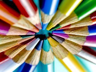 обои Круг цветных карандашей заточенных фото