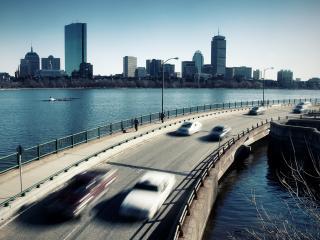 обои Мчат машины по мосту фото