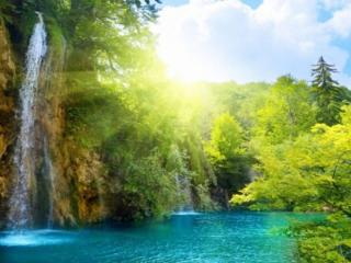 обои Водопады в лучах солнца фото