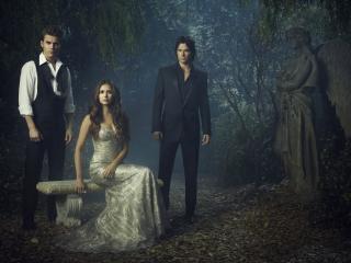 обои Дэймон и Стэфан около Елены фото