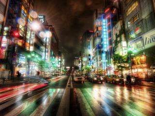 обои Улица вечерняя с переходом - зеброй фото