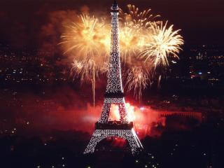 обои Фейерверк в Париже фото