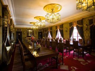 обои Красивый интерьер залы дворца фото