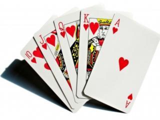 обои Пять червонных игральных карт фото