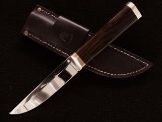 обои Нож и кожанная кобура фото