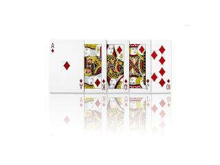 обои Пять карт из колоды на белом фоне фото