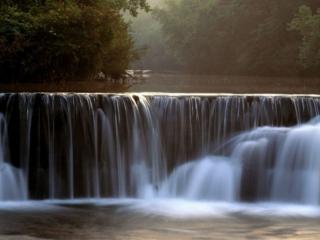 обои Водопад в заповедной зоне фото
