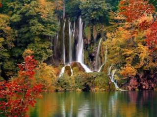 обои Водопад осенний фото